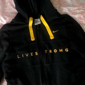 Nike Live Strong jacket⚡️